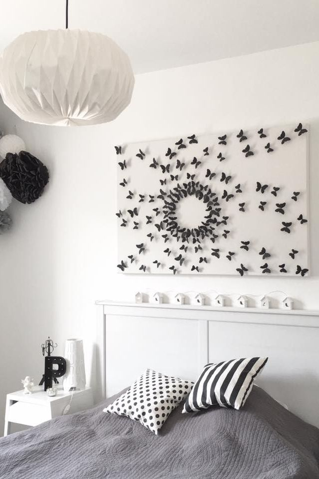 diy-faire-une-tete-de-lit-avec-des-papillons_5707317